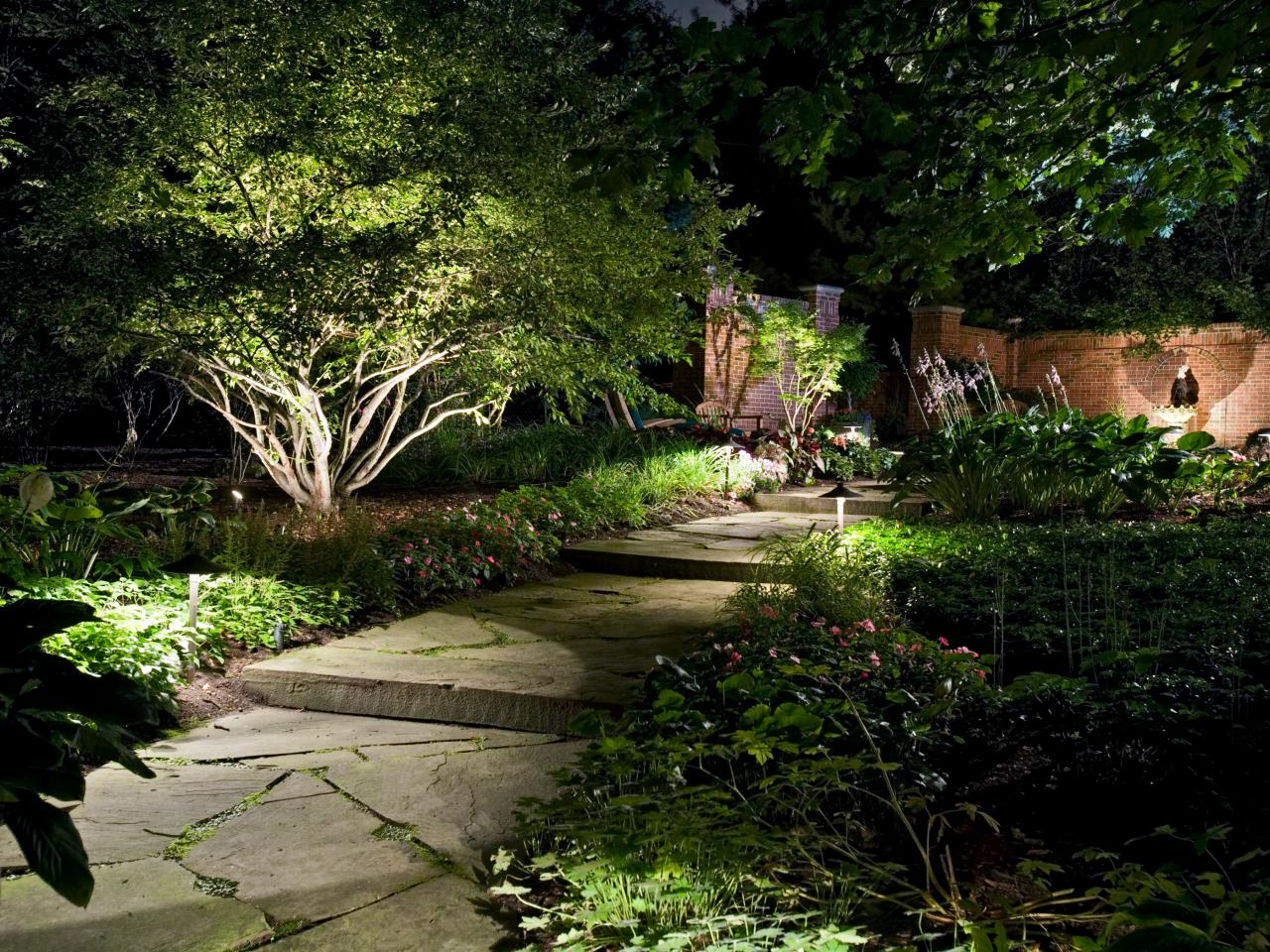 garden outdoor lighting