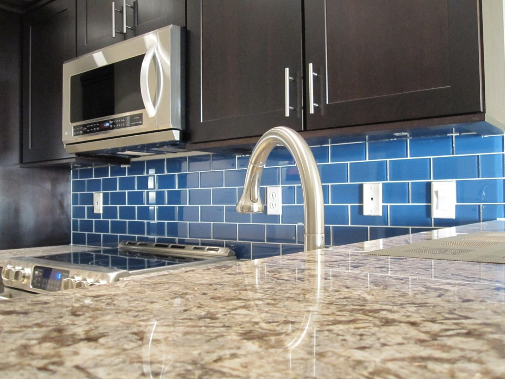 Glass Subway Tile Backsplash Ideas Part - 41: Glass Subway Tile Backsplash