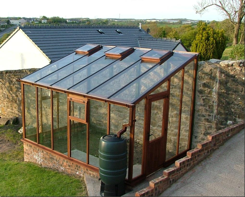 How to build your own greenhouse with the cost efficiency for How to make house green