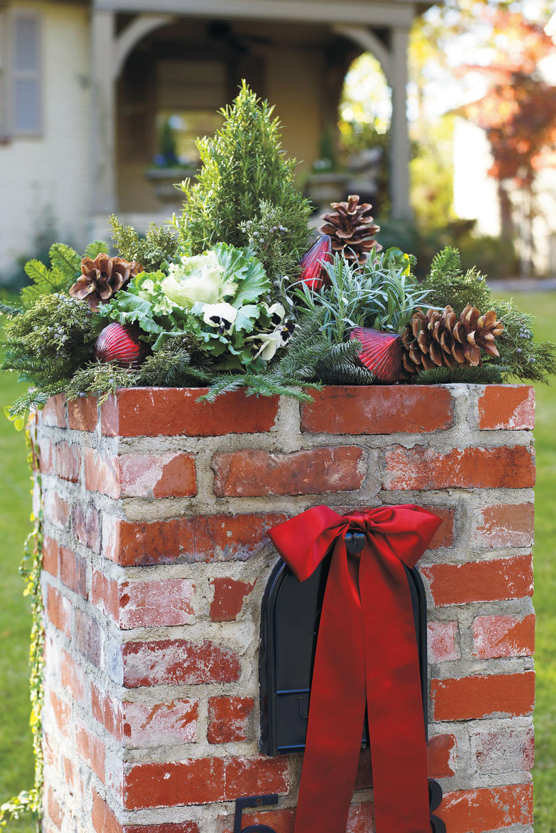 christmas elf decorations outdoor