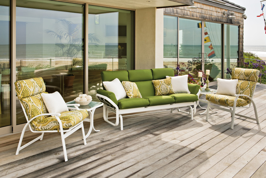Patio furniture brands wilson rose garden for Outdoor furniture brands