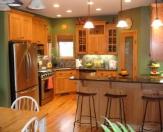 wall colors for kitchens with dark cabinets