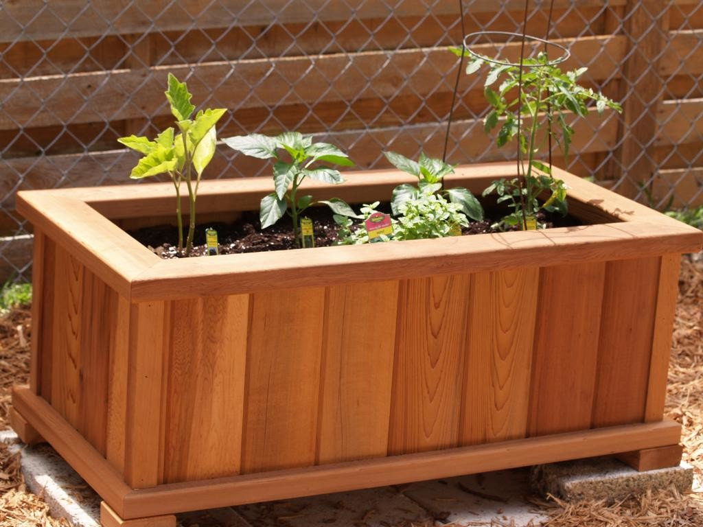 Wooden Planter Bo